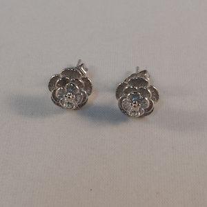 18K White Gold Rose Flower Stud Earrings GF